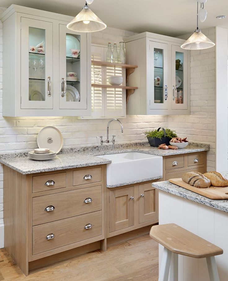 paint for kitchen cabinet shaker units like the simple cornice on wall units 24269