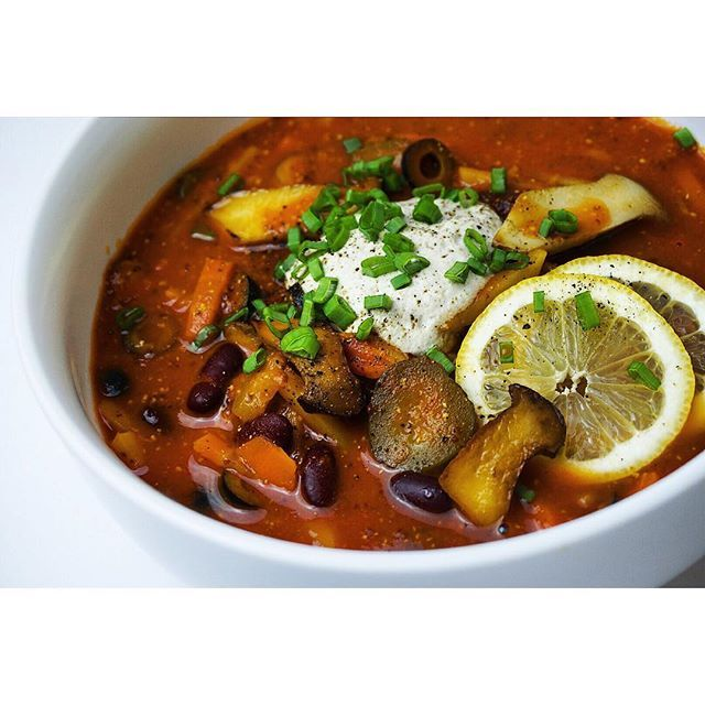 Vegan solyanka with beans, pickles, mushrooms and sunflower seed cream #soup #vegansoup #solyanka #solyankaclub #vegan #veg #veganfoodshare #veganfood #veganchef #bestofvegan #myroundplate #chefplateform #truecooks #healthy #healthyfood #instafood #veganfoodporn #plantbased #plant