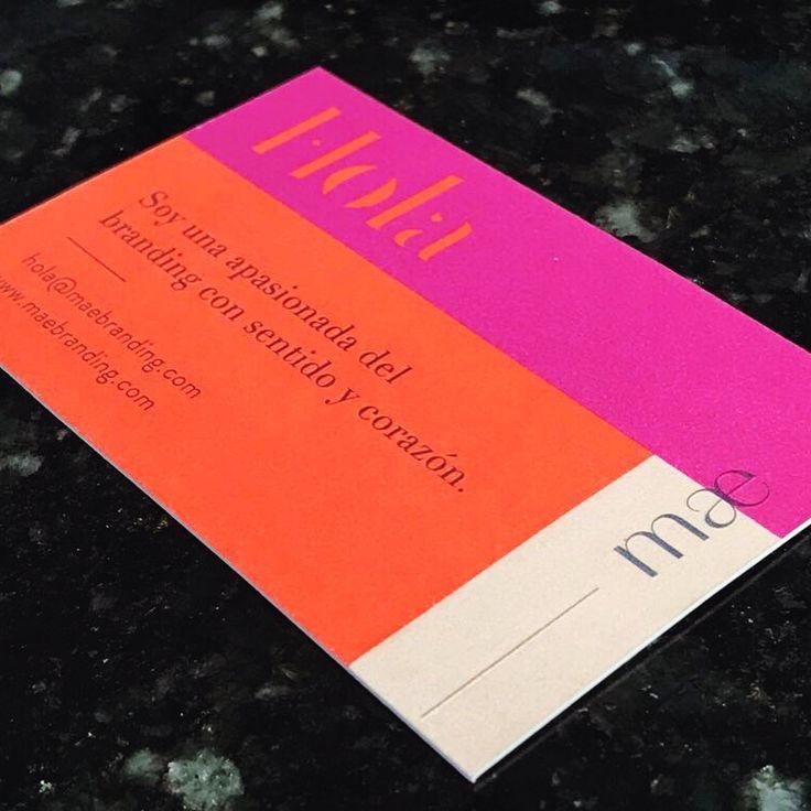 Aunque el mundo digital siempre está cambiando el mundo análogo, todavía me encantan las tarjetas de presentación impresas