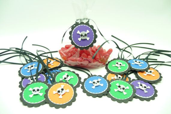 Halloween Tags, Skull and Cross Bone Tags, Halloween Candy Tags, Set of 16 Halloween Tags, Handmade Embellishments