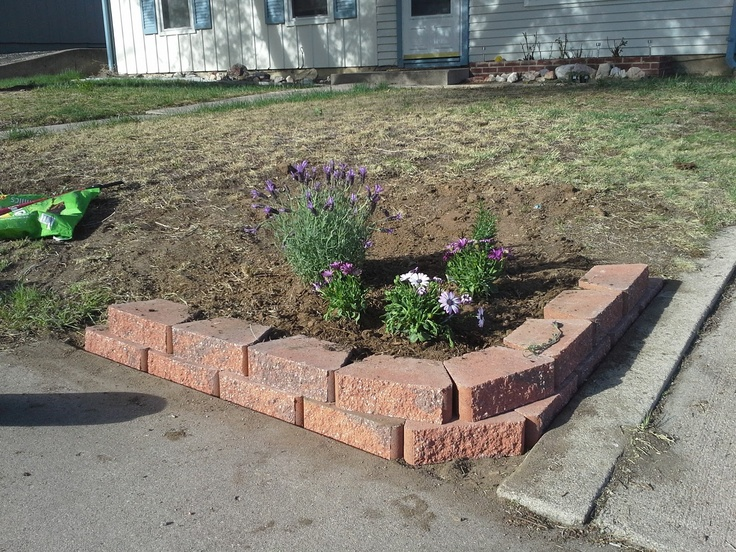 308 best landscaping projects to build images on pinterest for Flower bed wall designs
