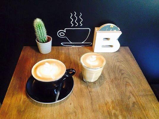 | Bar Beton | www.bar-beton.nl | Breakfast - Coffee - Tea - Lunch - Bites - Drinks  - Diner | ⌂ Korte Jansstraat 13-15, Utrecht | +31302080999 |