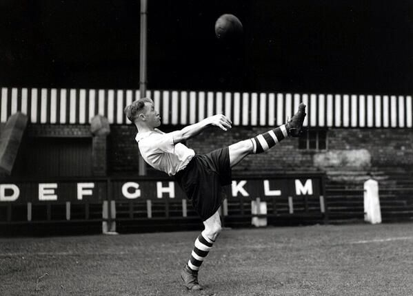 "William ""Bill"" Shankly (Preston North End FC, 1933–1949, 297 apps, 13 goals) practising an overhead kick on 14 December 1946."