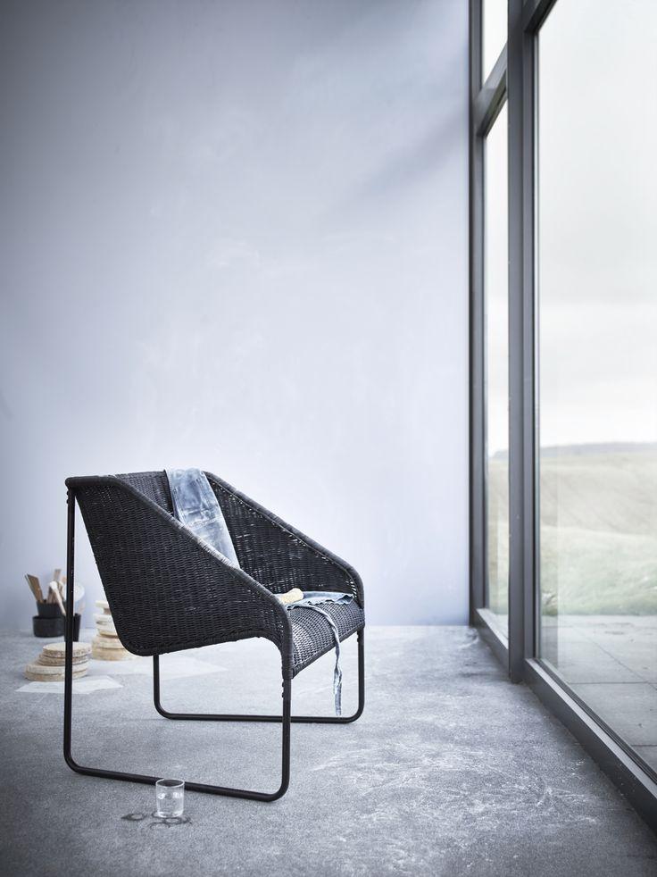 VIKTIGT fauteuil | #IKEA #IKEAnl #limited #collectie #nieuw #stoel #relax #natuurvezels #lichtgewicht #duurzaam #rotan #zitmeubel #zwart