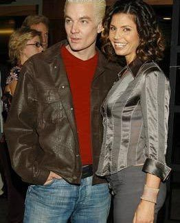 Spike and Cordelia (James Marsters and Charisma Carpenter )