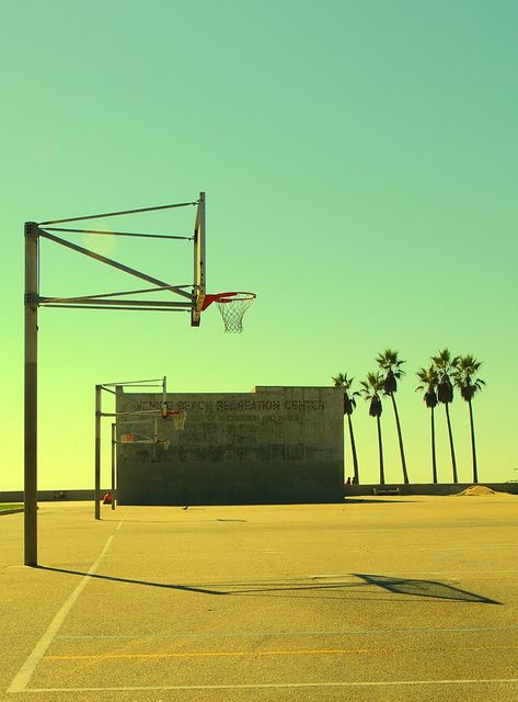 Hoop dreams - beach basketball is the best.