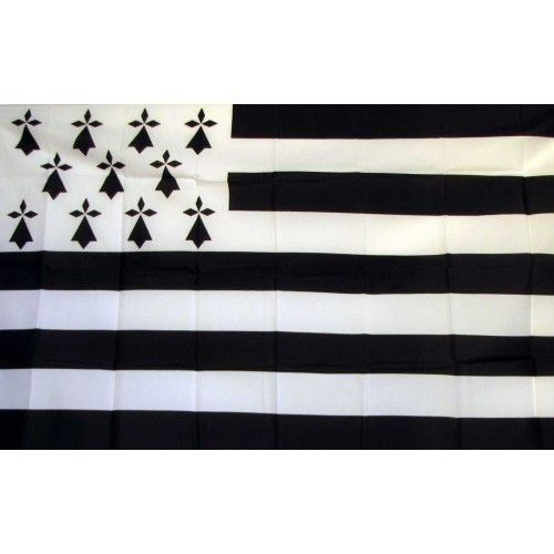 Features:  -Material: Polyester.  -Long lasting durability.  -2 Brass grommets firmly attached to the left side of the flag.  -Vivid graphics and colors.  -Light weight lets flags fly well even in lig