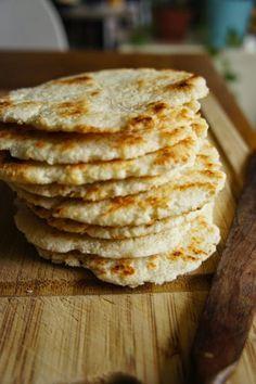 Gourmandises et Merveilles: Pol roti sri lankais (petits pains plats à la noix de coco)