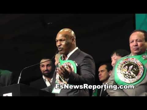 Mike Tyson Swings At Floyd Mayweather & Floyd Doesn't Even Flintch  - Es...