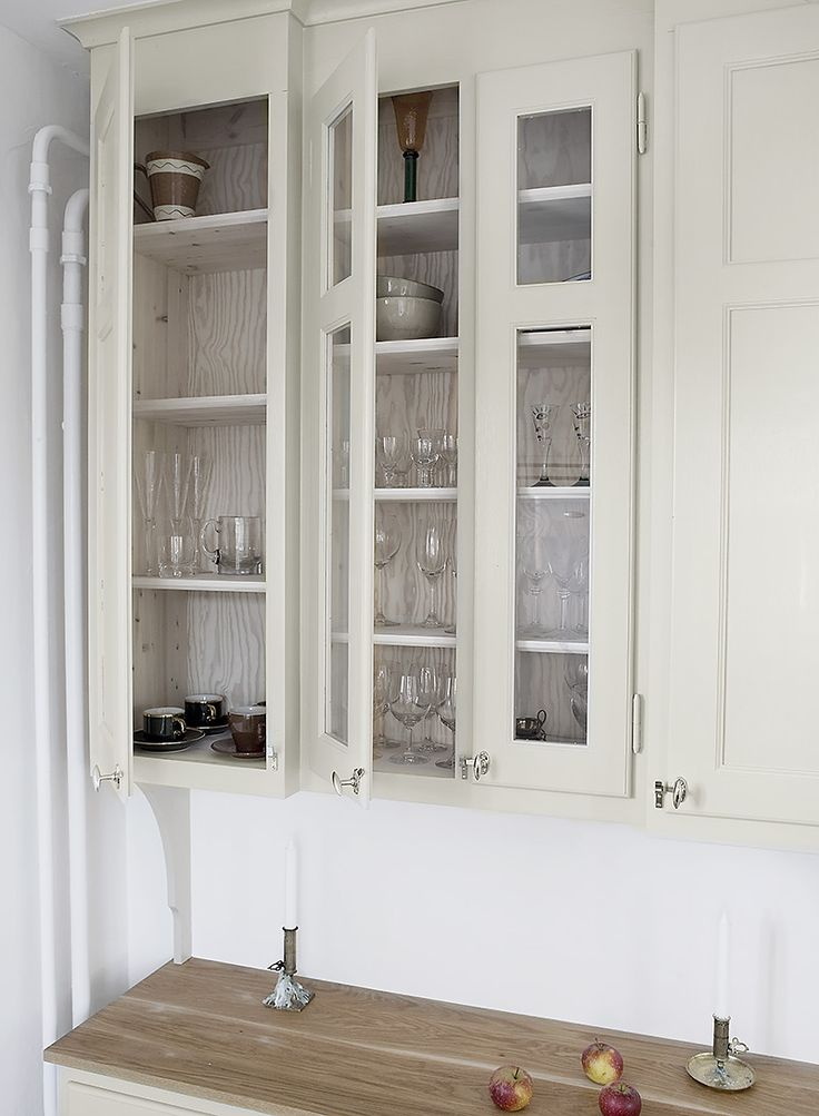 Platsbyggt överskåp kök av Möllansverkstäder i Malmö