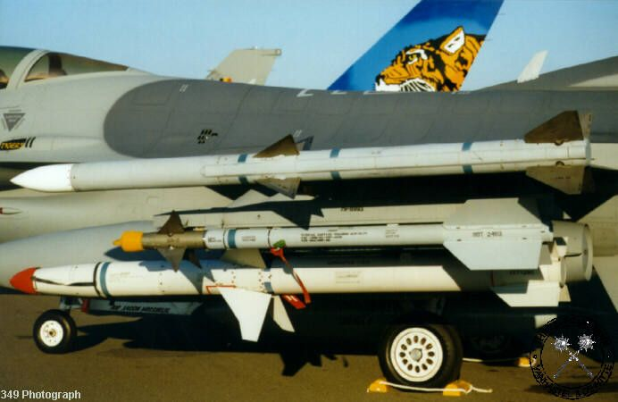 F-16 Armament - AIM-120 AMRAAM