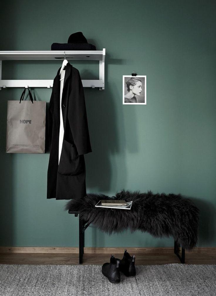 Wohntrends 2016 Wandfarbe Grün Flur gestalten Garderobe