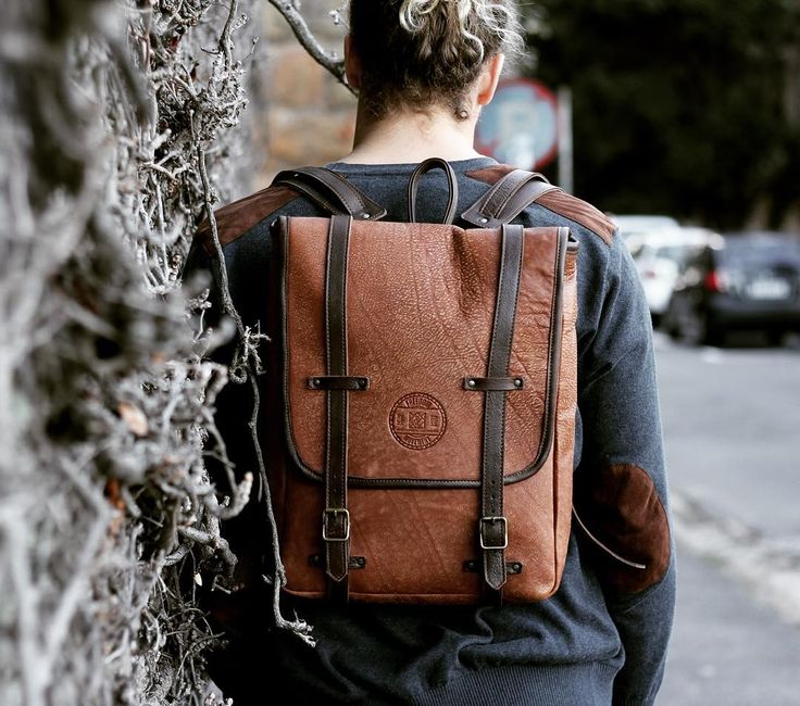 Our new Kalahari Sand #theTed is the perfect combination of sophistication and adventure. With its classic vintage feel #theTed is perfect for a day at the office or an urban adventure!  Now available online and at a FOM store near you!!! #fombrand #theTed #leathergoods #backpacks #travel #explore #newproducts #adventure #wanderlust #proudysouthafrican #lovezabuyza #laptopbags #fashion #trends #style