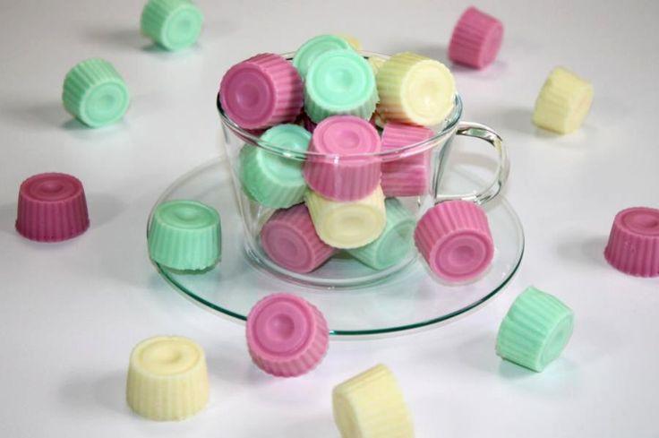 Die Joghurt Gums lassen sich prima zwischendurch vernaschen. Das Rezept kann natürlich mit anderen Geschmacksrichtungen variiert werden und sorgt so für Abwechslung.