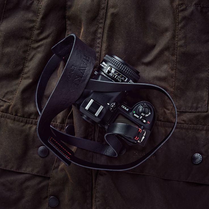 Barbour and Nikon F100 with our handmade black leather camera neck strap.