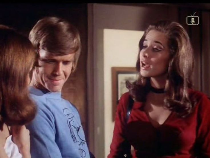 Can You Keep It Up For A Week (1974) Jeremy Bulloch and Valerie Leon