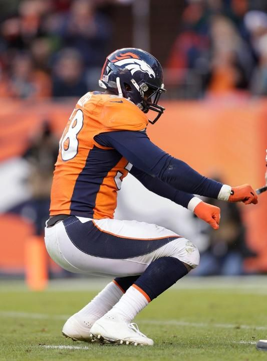 LB Von Miller celebrates his franchise single-season record 17.5th sack of the year. Broncos vs. Browns 12-23-2012