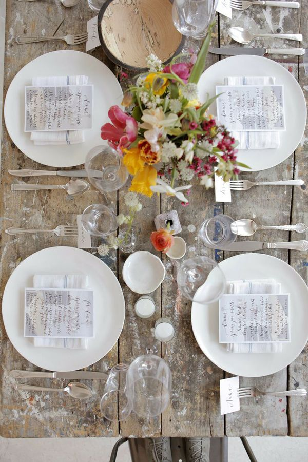 SUMMER LOVIN' FEELING | THE STYLE FILES - beautiful table setting