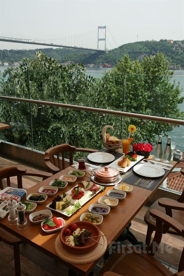 Rumeli Hisarı Seyir Terrace Restaurant'ta Muhteşem Boğaz Manzarası ve Canlı Keman Solosu Eşliğinde Organik Köy Kahvaltısı 18.90 TL'den Başlayan Fiyatlarla! - Firsat.me