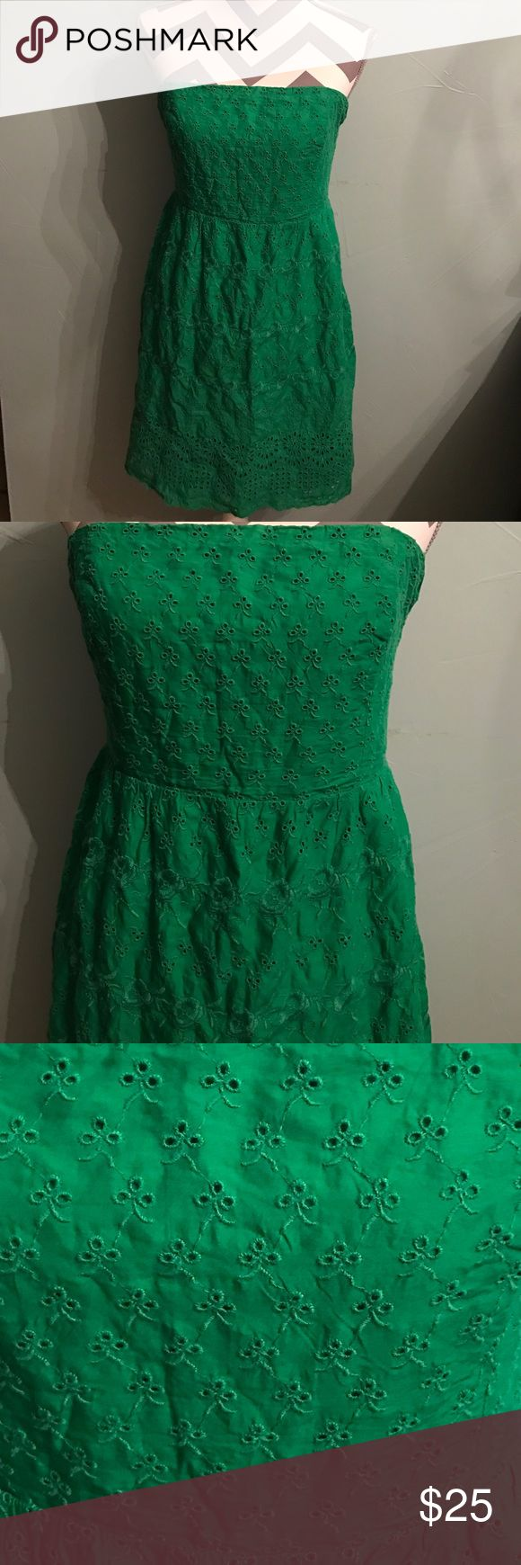 🆕 Sexy strapless green Old navy mini dress 🆕 Sexy strapless green Old navy mini dress PERFECT CONDITION!!! Old Navy Dresses Strapless