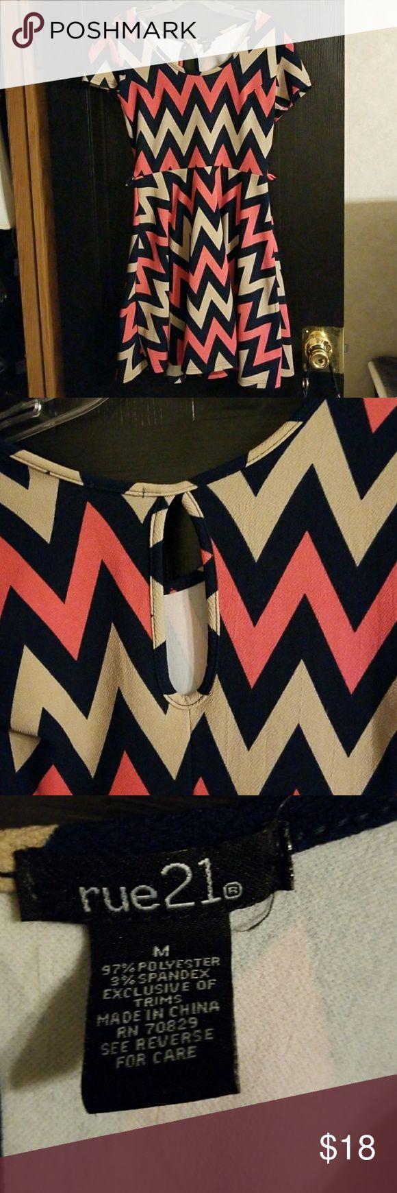 Chevron print knit dress Rue21 chevron print dress. Knit material easy care super comfy. Navy, coral and tan size medium Rue 21 Dresses Mini
