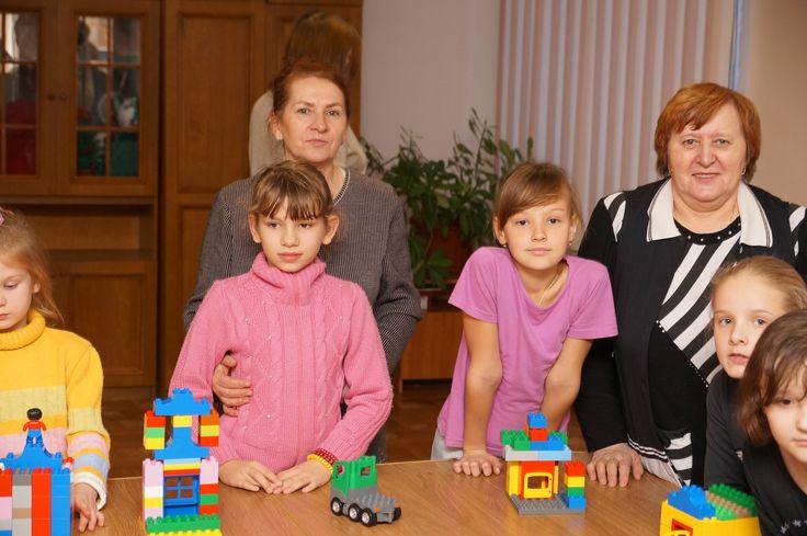 Домики из кубиков Лего сделали дети школы-интерната №23 Белгорода