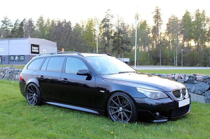 Badass family wagon, the bmw m5 v10 touring will keep dad happy and carry all mom's sjit plus 3 kids.