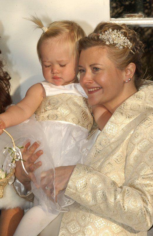 26 best Bridesmaids at Gillian Million images on Pinterest | Brides ...
