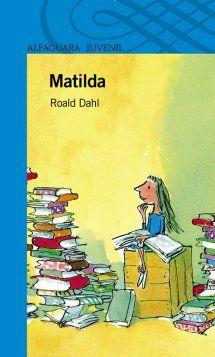 Matilda es una niña muy inteligente que, sin apenas haber cumplido los cinco años, ha leído a numerosos autores y atesora asombrosos conocimientos. El primer día de clase conoce a su profesora, la señorita Honey, quien se queda maravillada de lo lista que es Matilda. Juntas vivirán muchas aventuras.