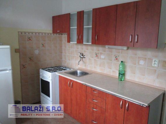 NITRA - 2 izbový byt, 51m2, Chrenová