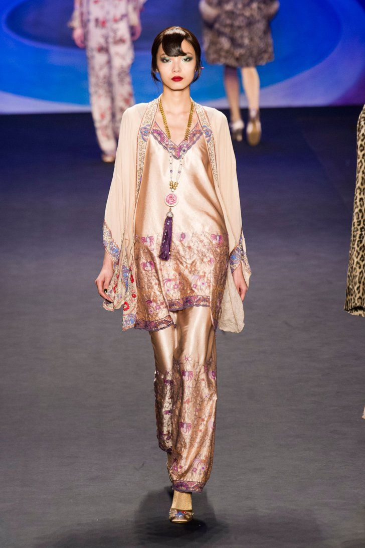 Pin for Later: Autumn in 100 Outfits: The Must-See Looks From the Major Fashion Weeks Anna Sui Autumn/Winter 2014