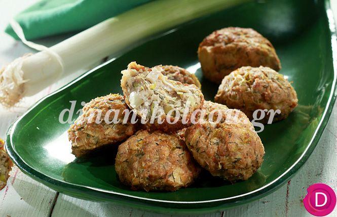 Πρασοκεφτέδες φούρνου με γιαούρτι   Dina Nikolaou