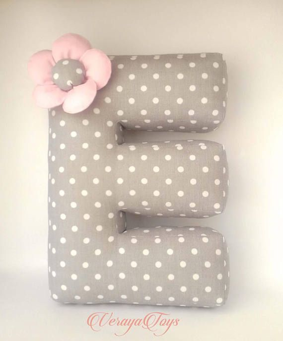 Lettre Oreiller E oreiller de bébé oreiller personnalisé – #babynamenkiss …   – Babynamen