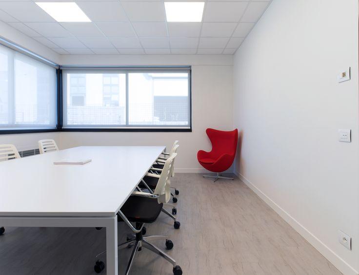 Sala riunioni, la domotica By-me di #Vimar trasforma l'ex sede di un'azienda tessile in un edificio 4.0. Scopri di più → https://www.vimar.com/it/it/software-house-bassano-del-grappa-13031172.html