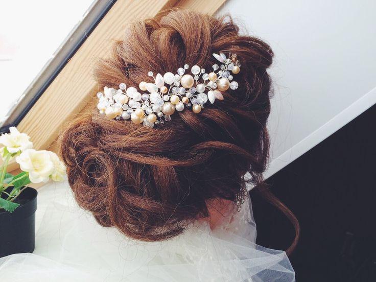 VSCO - irina-schepa Свадебная веточка,веточка в причёску,украшение в причёску,украшение невесты,свадебное украшение,свадебный гребень,гребень в причёску,свадебный аксессуар,свадебные детали,weddingaccesories,wedding dress,bridal accessories