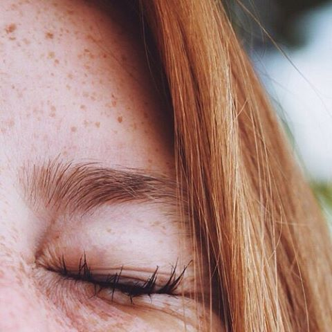 freckles & red hair are the cutest