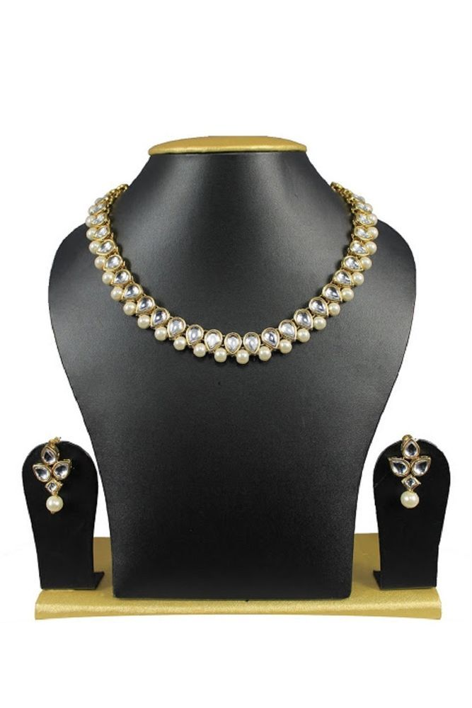 Elegant Look Special Girls Wear White Pearls kundan Indian Bollywood Jewelry Set #natural_gems15 #GoldPlated