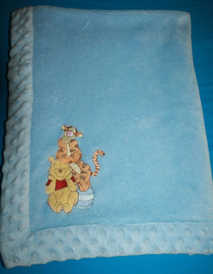 Disney Winnie the Pooh Tigger Blue Baby Blanket Minky Dot trim edge Honey Pot #Disney #WinnieThePoohAndFriends #PoohAndTiggerBabyBlanket