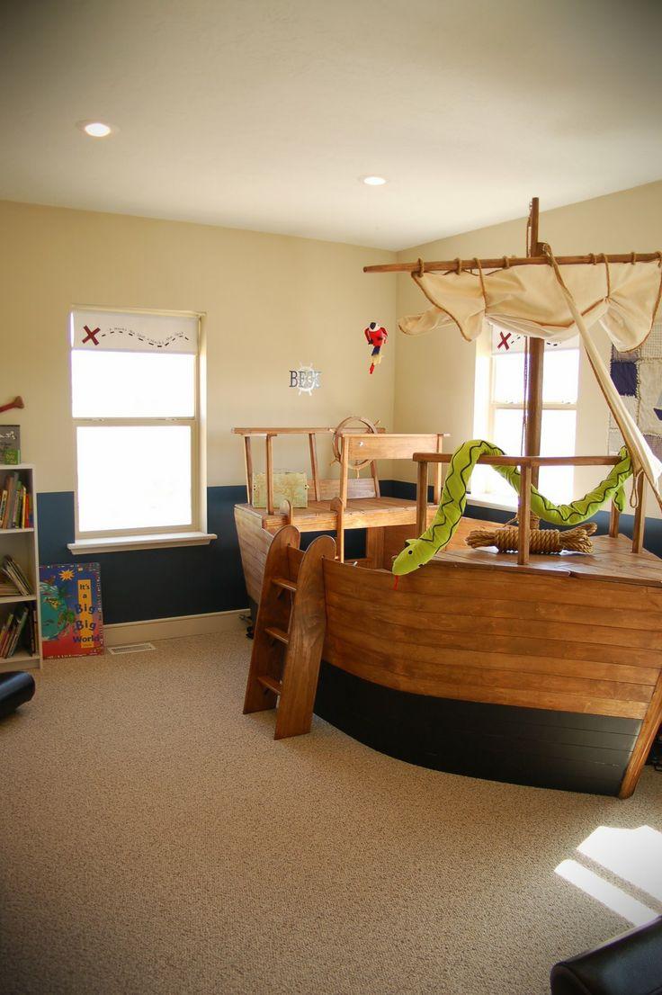 die besten 17 ideen zu piratenschiff bett auf pinterest. Black Bedroom Furniture Sets. Home Design Ideas