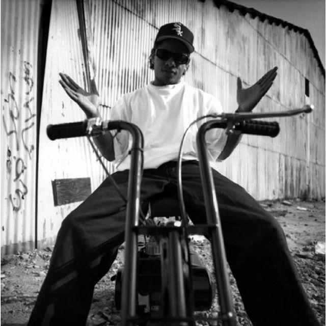 I just caaan't  . . . #eazye  #eminem #50cent  #tupac #2pac #album #westcoast #rap #icecube #snoopdogg #DMX #drdre #hiphop #TLC #beatsbydre #NWA #biggie #boyznthehood #song #Aliyah #llcoolj #mcren #yella #westside #thuglife #lilkim #missyelliott #thenotoriousbiggie by hiphopmusic2