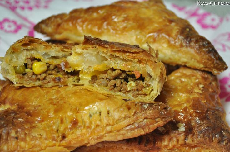 bladerdeeg met groente en gehakt recept