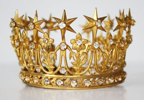 """ Crown, late 1800s, France. """