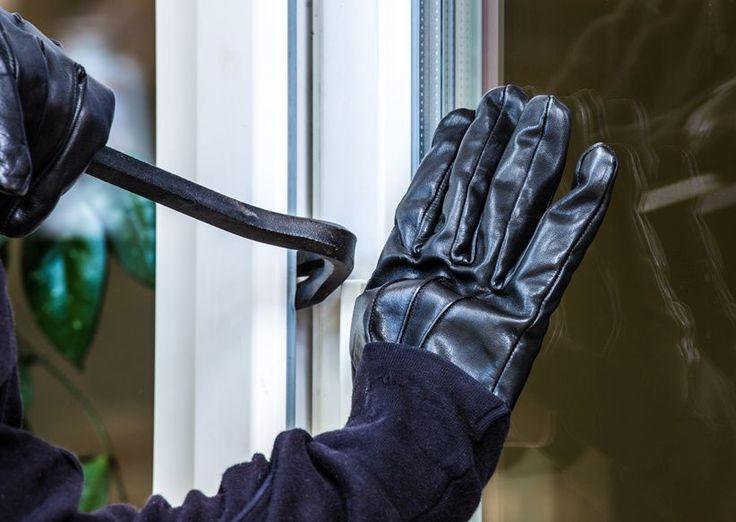 Innsbruck: Einbrecher stahlen PC's, Navi und Skibrillen aus Keller eines Mehrparteienwohnhauses