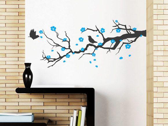 Wandtattoo Ast mit Kirschblüten als Wanddeko im Wohnbereich