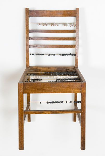 Julie Gough - The wait (found objects). Not a book.... but it could be a book, keep this idea for later ;)