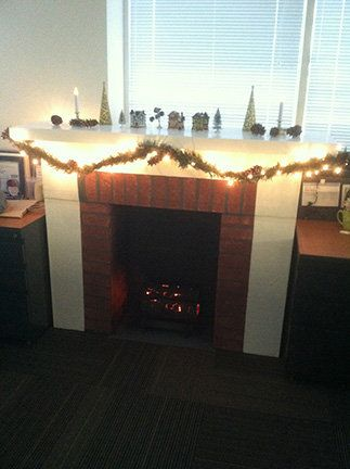 ダンボール暖炉11