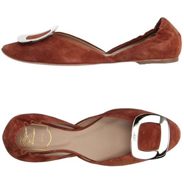 Roger Vivier Ballet Flats ($423) ❤ liked on Polyvore featuring shoes, flats, camel, leather flat shoes, camel ballet flats, leather flats, leather sole flats and round toe flats