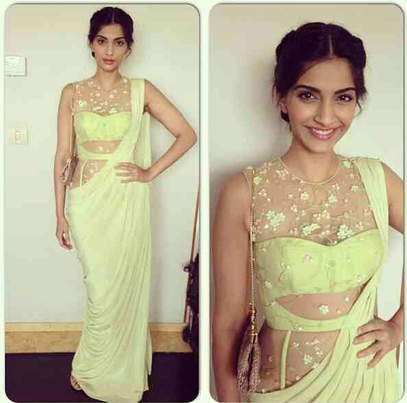 Pretty Sonam Kapoor in Saree <3