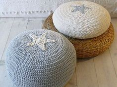 Cómo hacer un puff de trapillo a ganchillo o crochet - http://blogmujer.org/como-hacer-un-puff-de-trapillo-a-ganchillo-o-crochet/