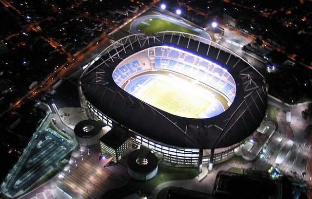O Estádio Olímpico João Havelange, popularmente chamado de Engenhão, é um estádio construído pela Prefeitura do Rio de Janeiro no antigo terreno da Rede Ferroviária Federal, no bairro do Engenho de Dentro, zona norte da cidade do Rio de Janeiro, para sediar as provas de atletismo e de futebol dos Jogos Pan-americanos de 2007.